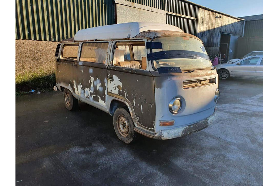 1972 VW T2 Dormobile