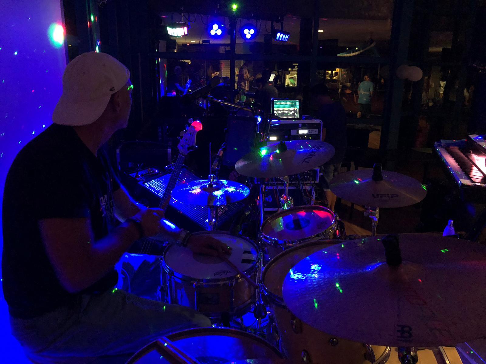 Schlagzeug und Partystimmung