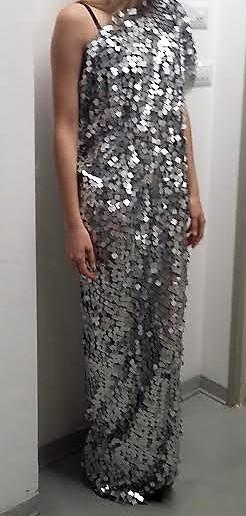 abito lungo lamelle alluminio