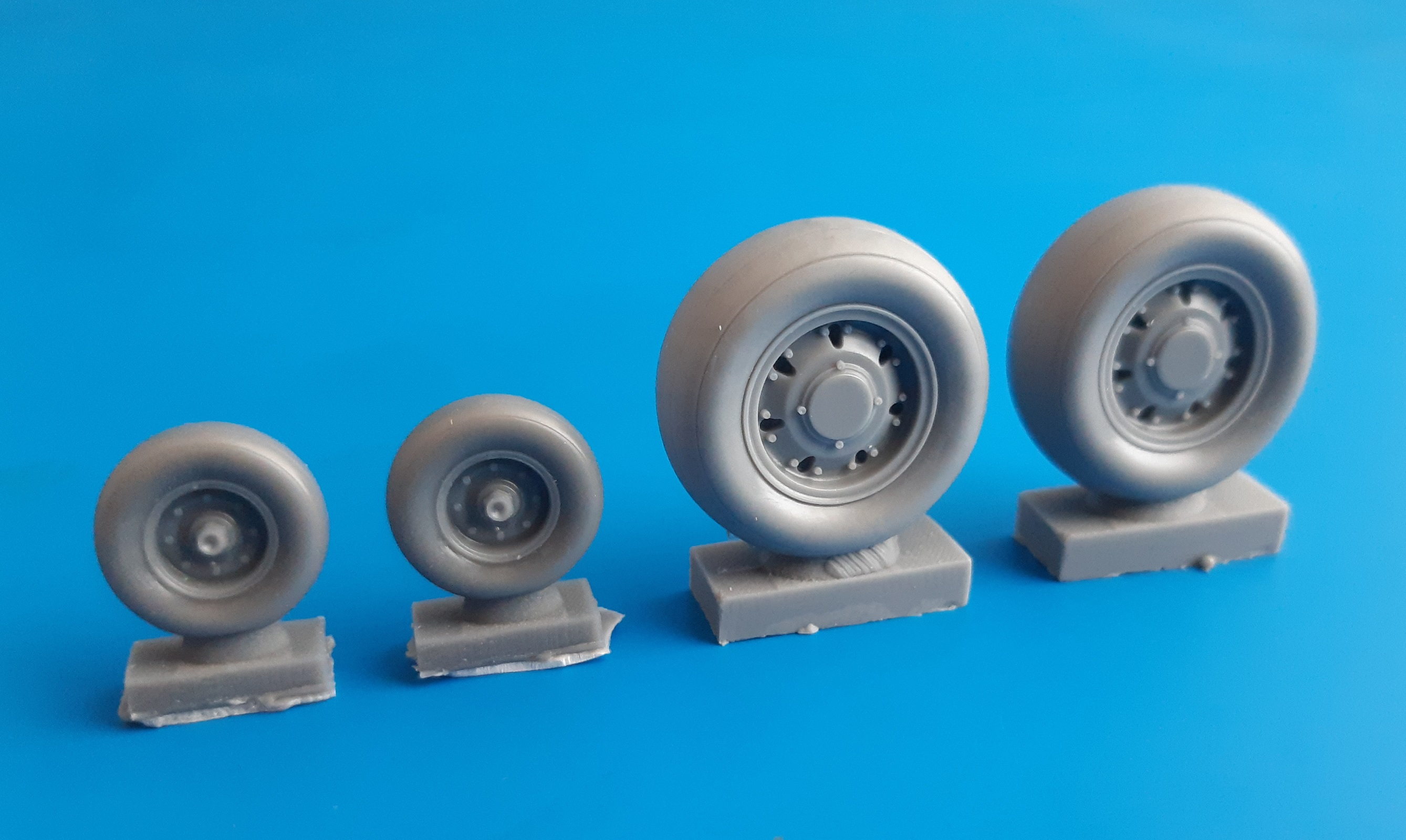 32095 Panavia Tornado Weighted Wheels (REVELL)