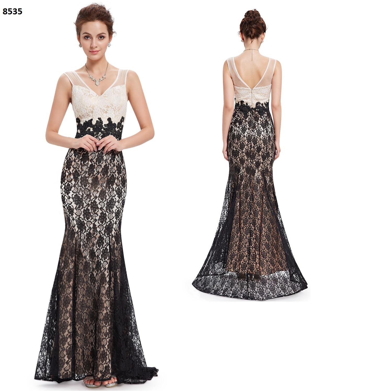 Modelo de un vestido largo