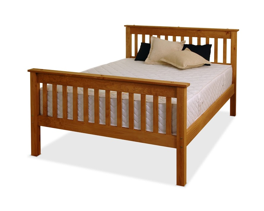 SOMERSET BED IN WAXED PINE