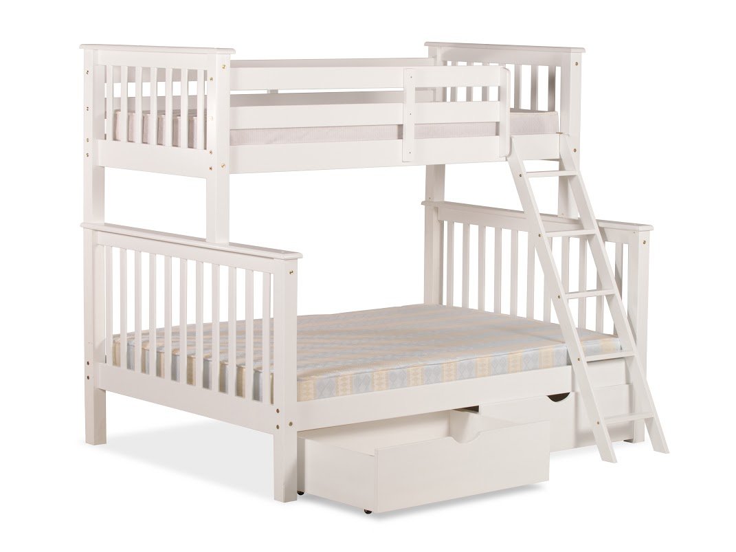 3FT OVER 4FT6 CHILTERN BUNK BED IN WHITE PINE