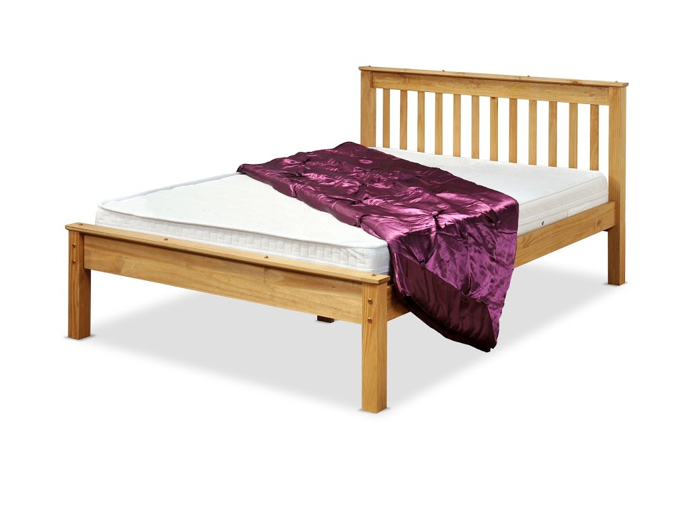 CHESTER BED IN WAXED PINE
