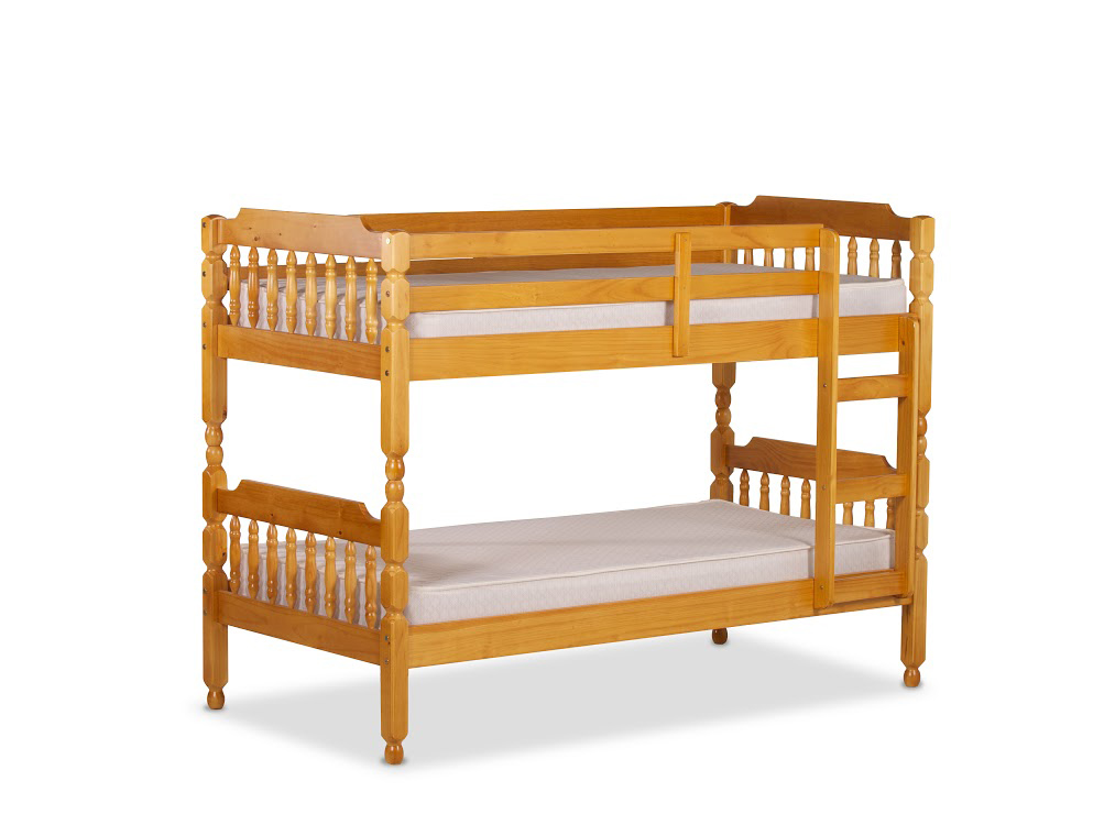 COLONIAL SPINDLE BUNK BED IN HONEY PINE