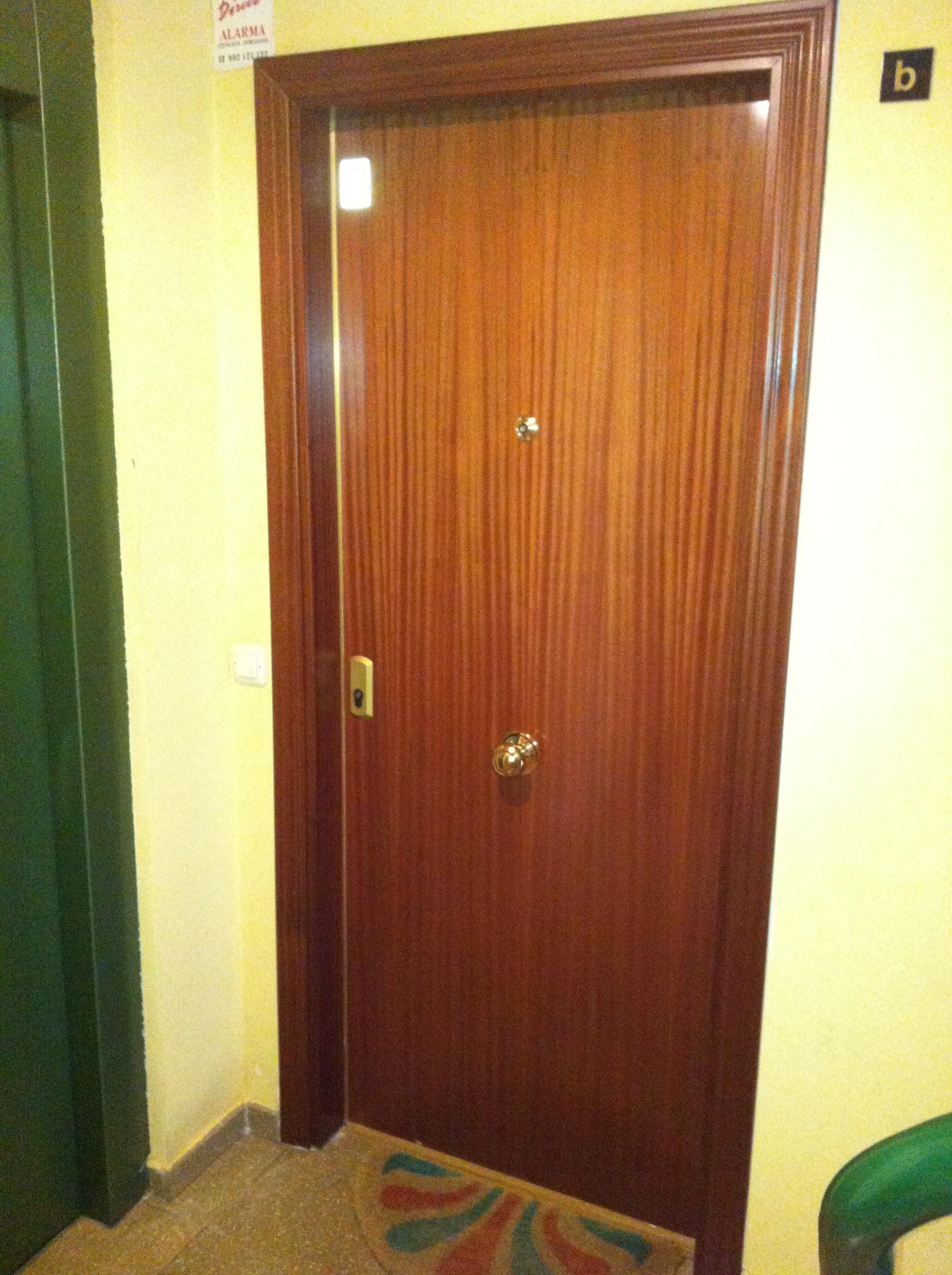 Puertas blindadas madrid 910 299 670 precios de Puerta insonorizada precio