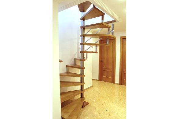 Escalera de caracol modelo Maria
