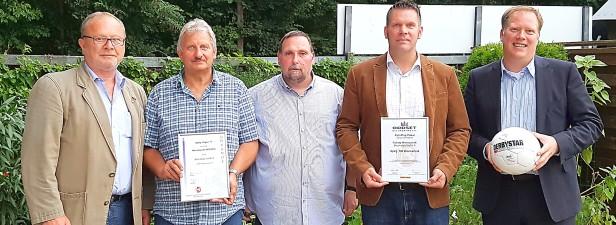 Fußball Staffeltag Bezirksliga 6 - von links: Pete