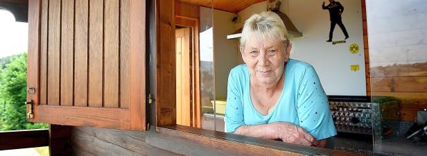 Thea Naujokat steht seit 28 Jahren bei Schwarz-We