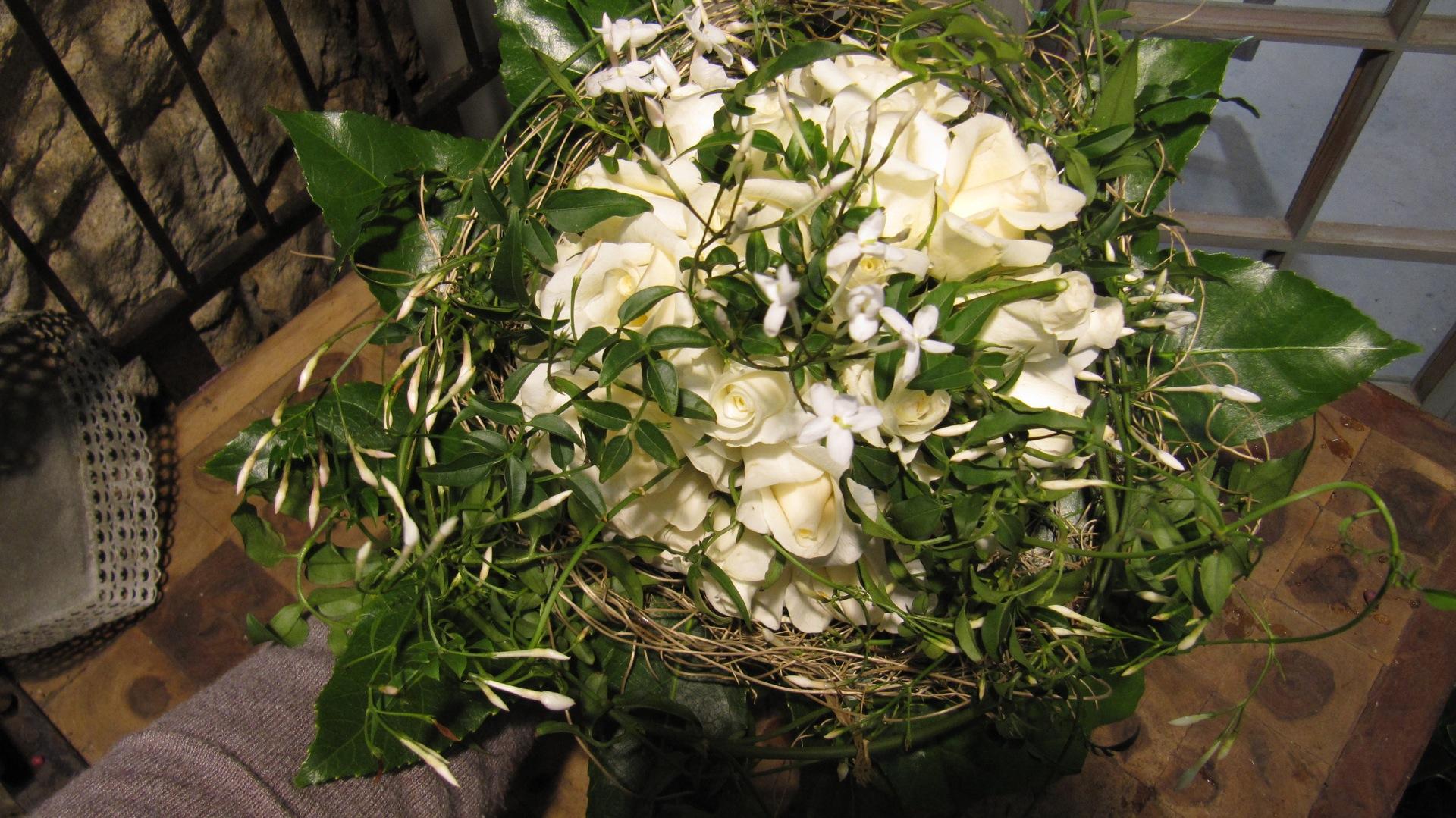 Bouquet de roses blanches (BN-2)