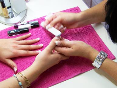 Atelier initiation pose d'ongles en gel uv