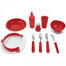 RED DELUXE TABLEWARE SET