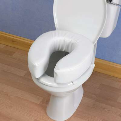 "4"" PADDED TOILET SEAT"