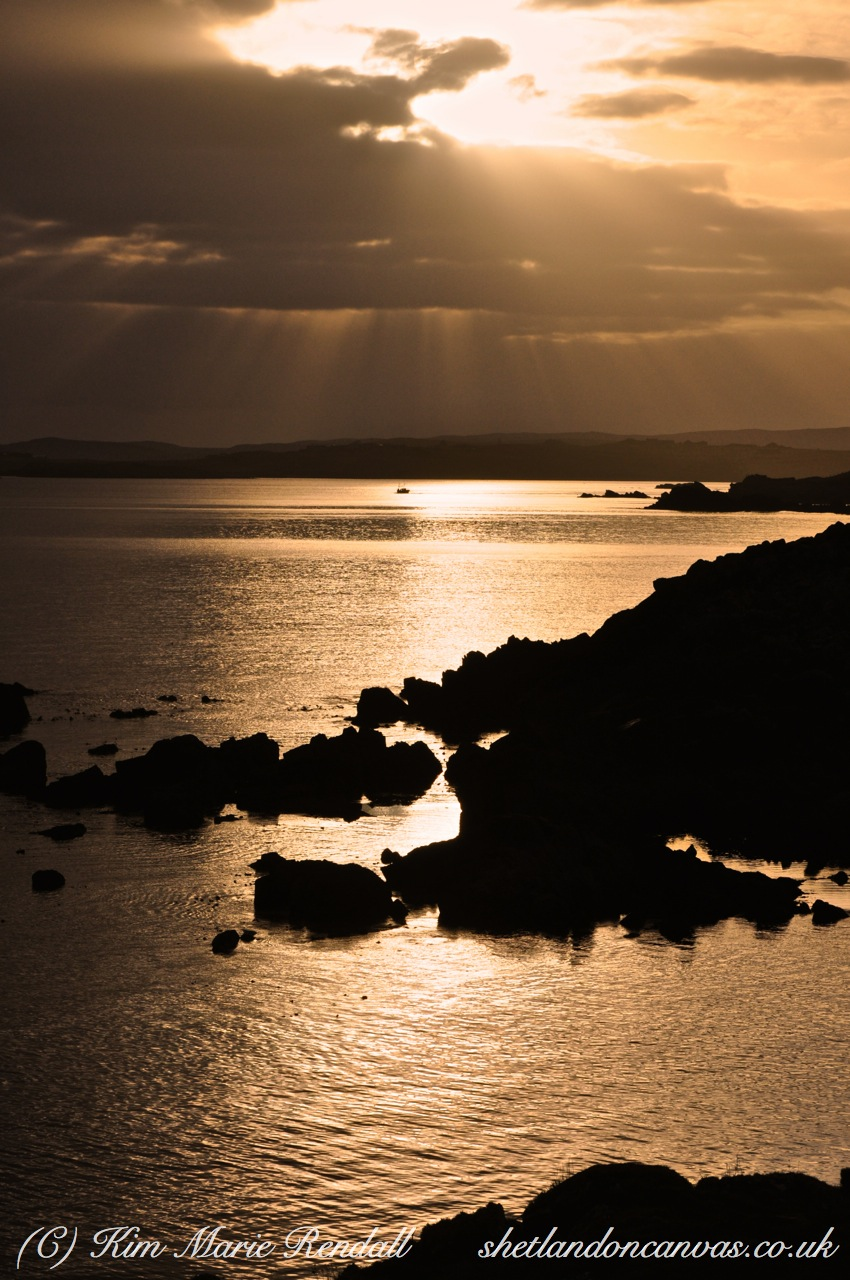 Rays of Light over South Nesting Bay (1)