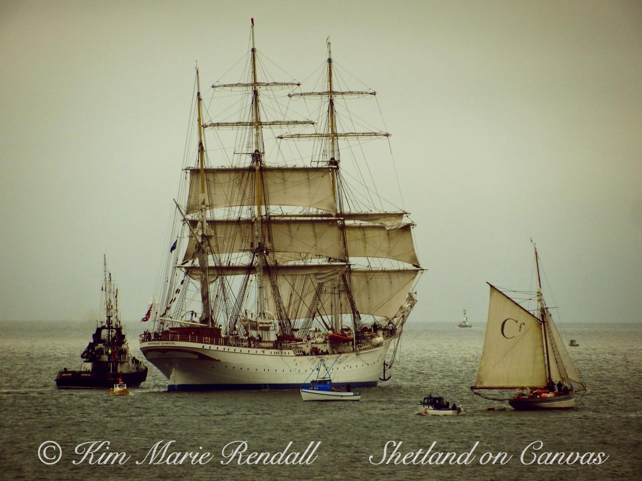 Statstraad Lehmkuhl Leaving Lerwick Harbour