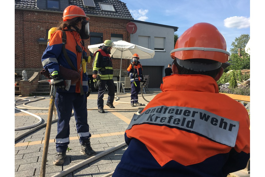 Feuerwehrübung Rettung