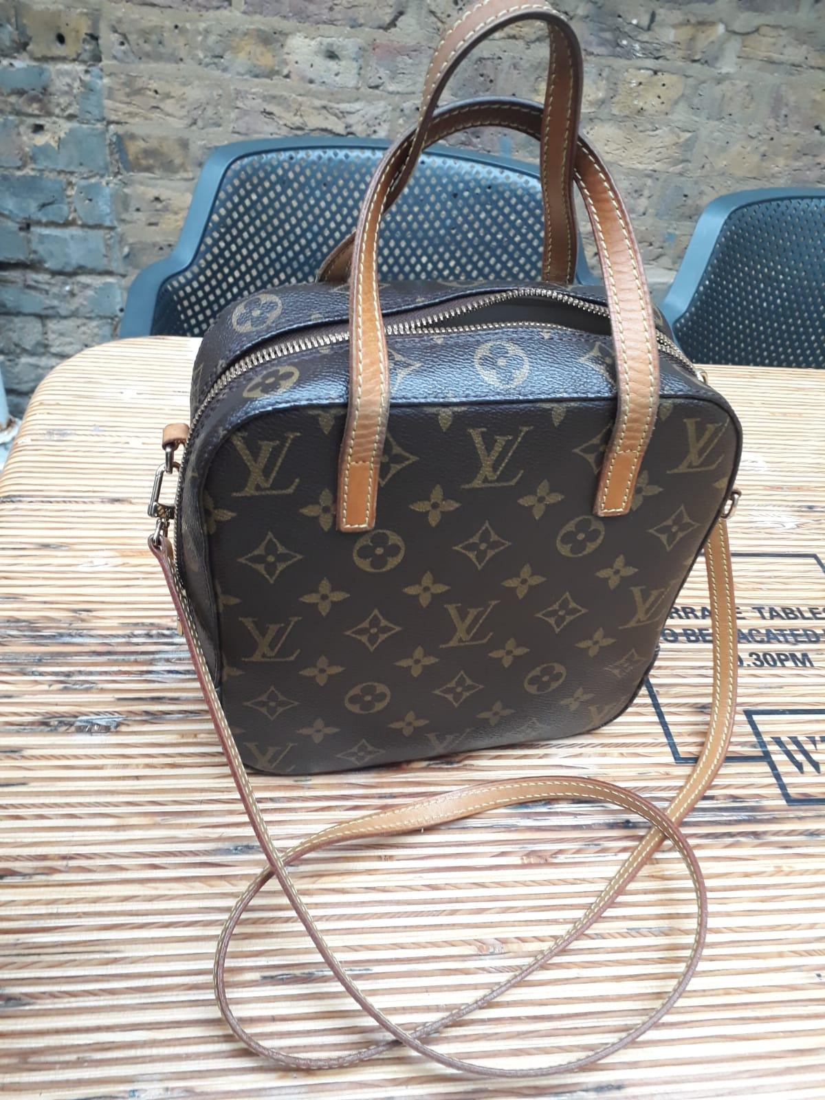 Luis Viutton Handbag