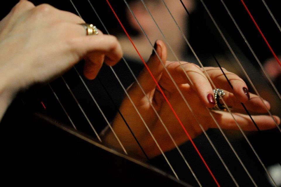 """Workshop """"Freies Spiel mit der Harfe"""""""