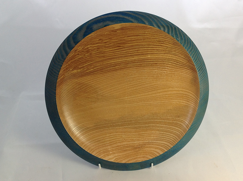 Ash platter with blue rim