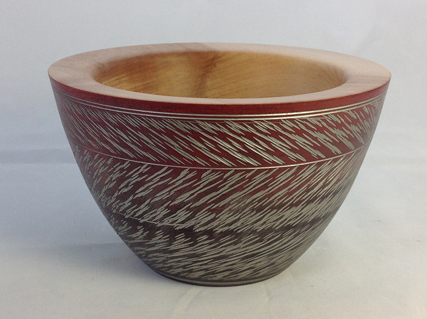Black/red textured bowl
