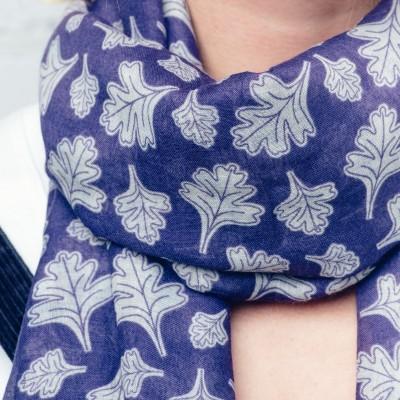 Purple falling leaves scarf