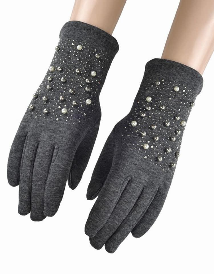Grey pearl gloves