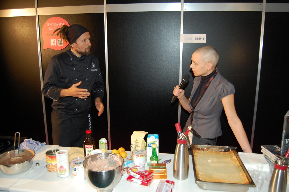 Vegan kochen mit Björn Moschinski - Sky Lange-Ford