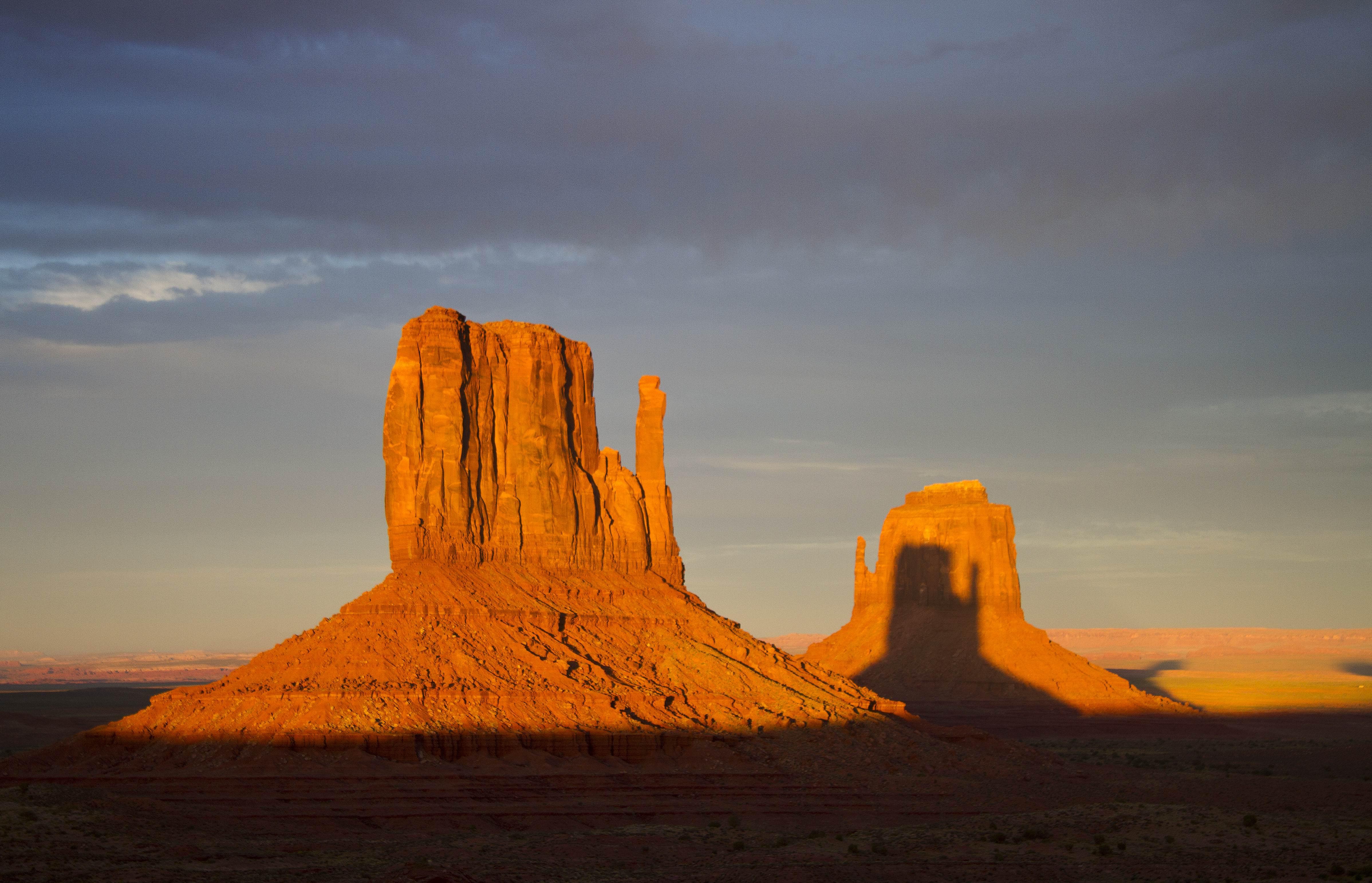 Mitten Shadow à Monument Valley en Arizona