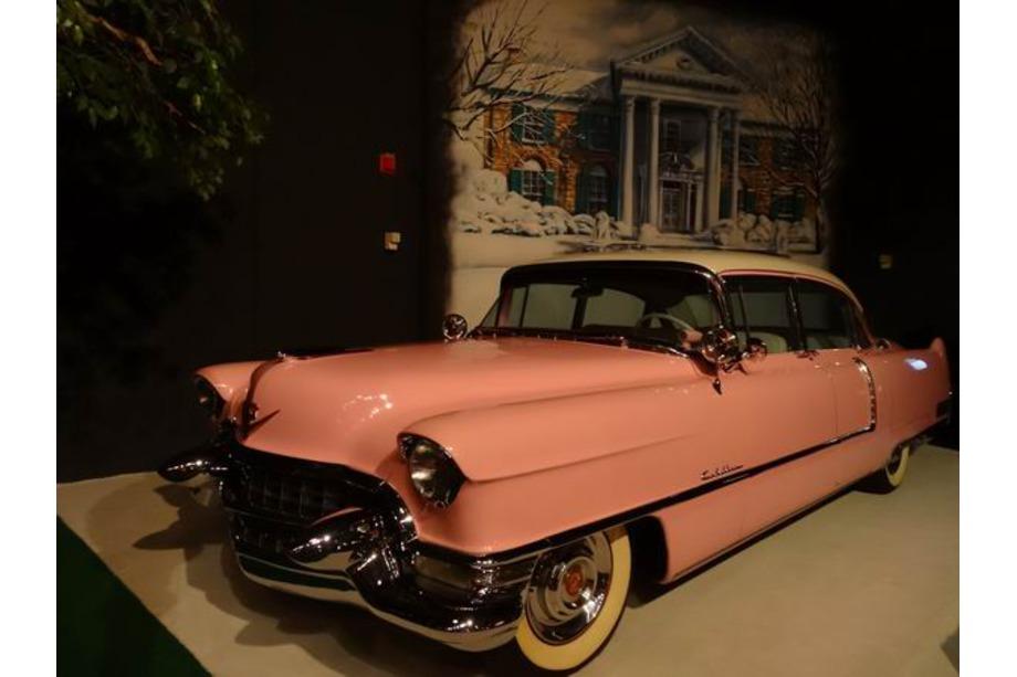 Cadillac rose d'Elvis voyage aux usa en famille