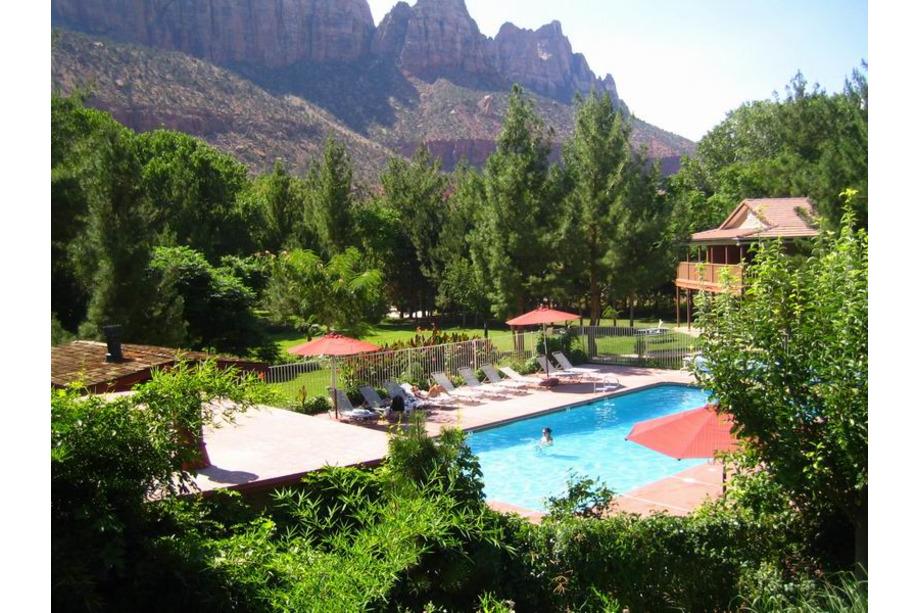 Zion national park utah Cliffrose Lodge