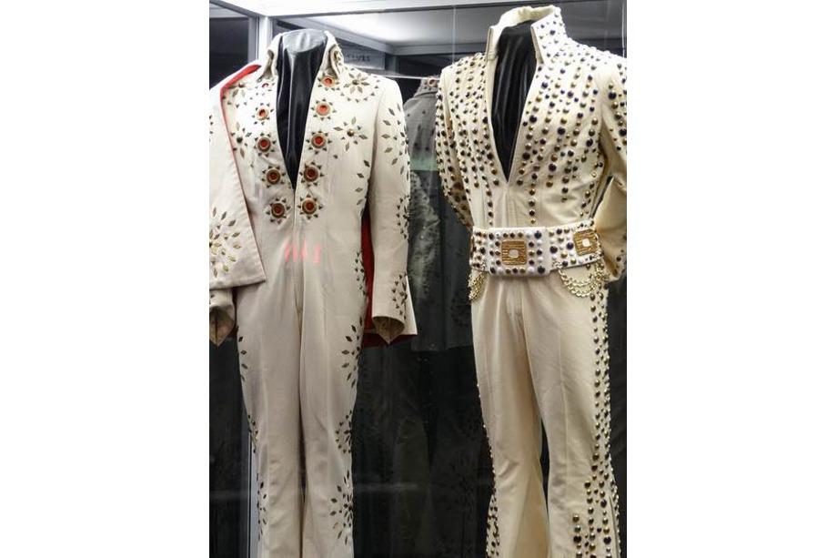 Tenues de scène d'Elvis