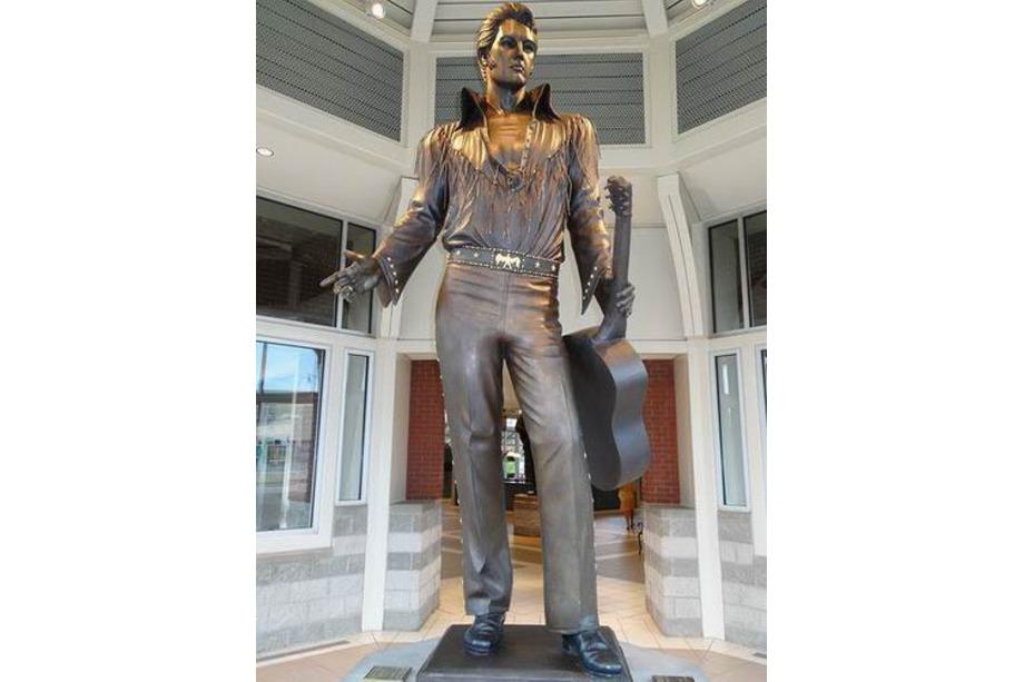 Statue d'Elvis à Memphis