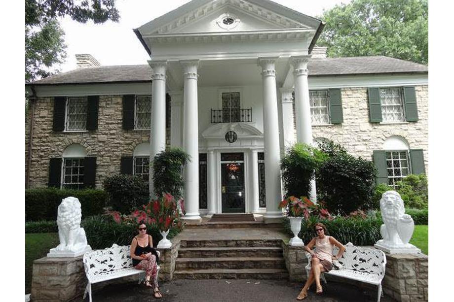 Entrée de la maison d'Elvis à Graceland