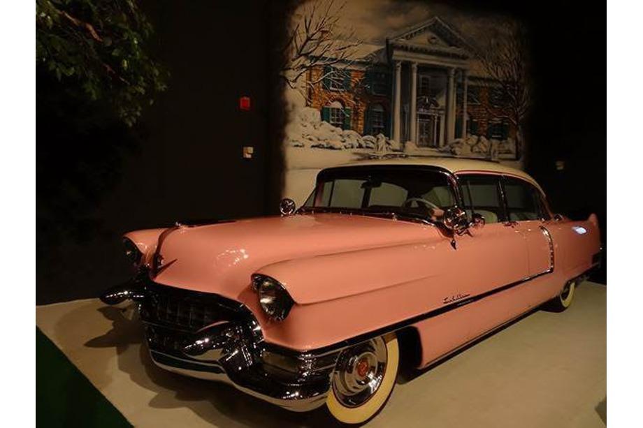 Une des voitures d'Elvis