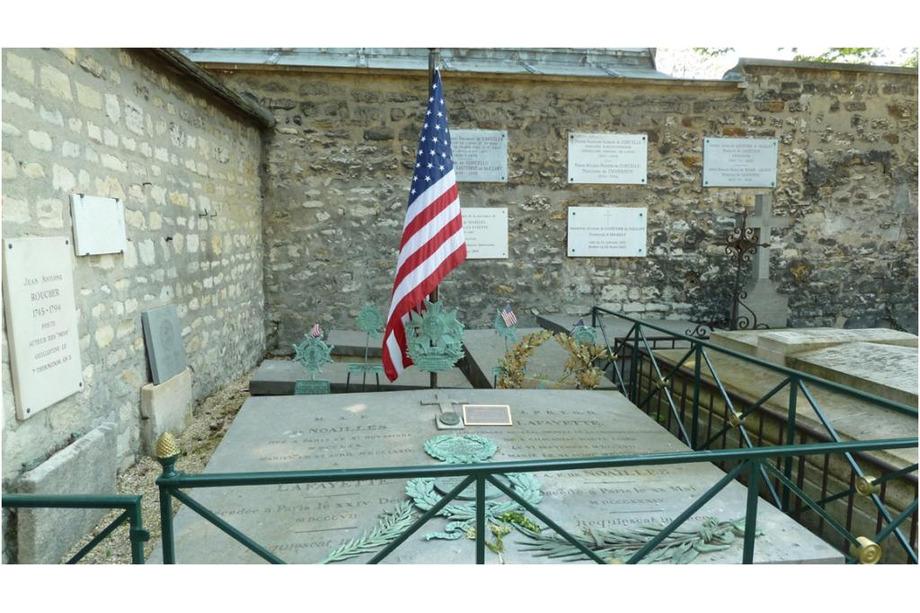 La tombe de Lafayette à Paris