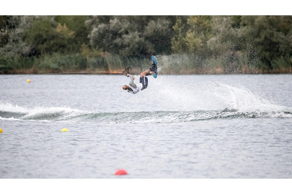 Waterski Trick