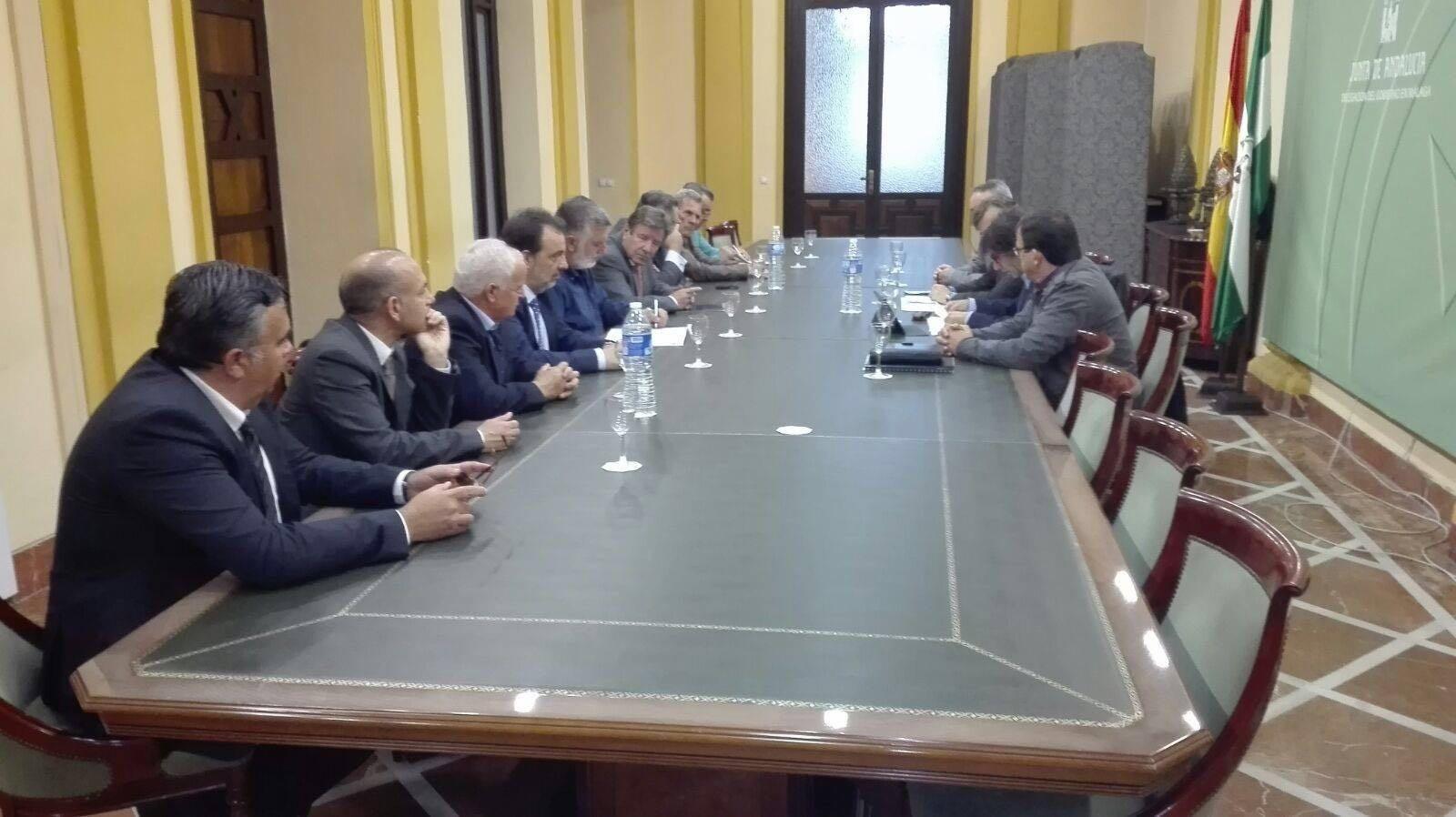Reunión empresarios de Playa Málaga