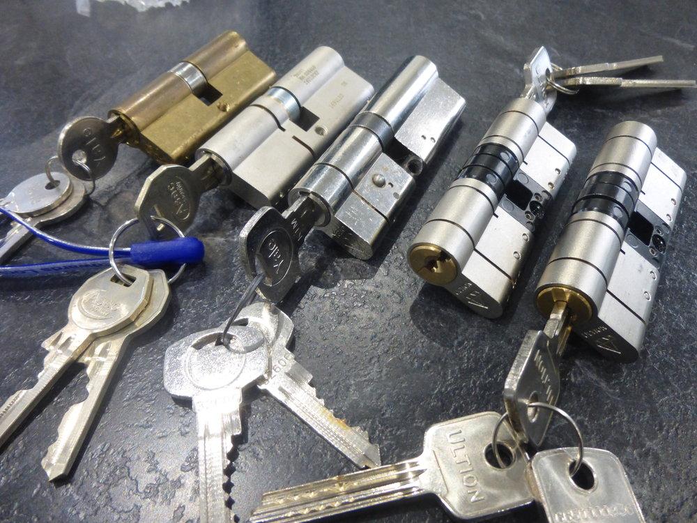 cerrajeros serrano