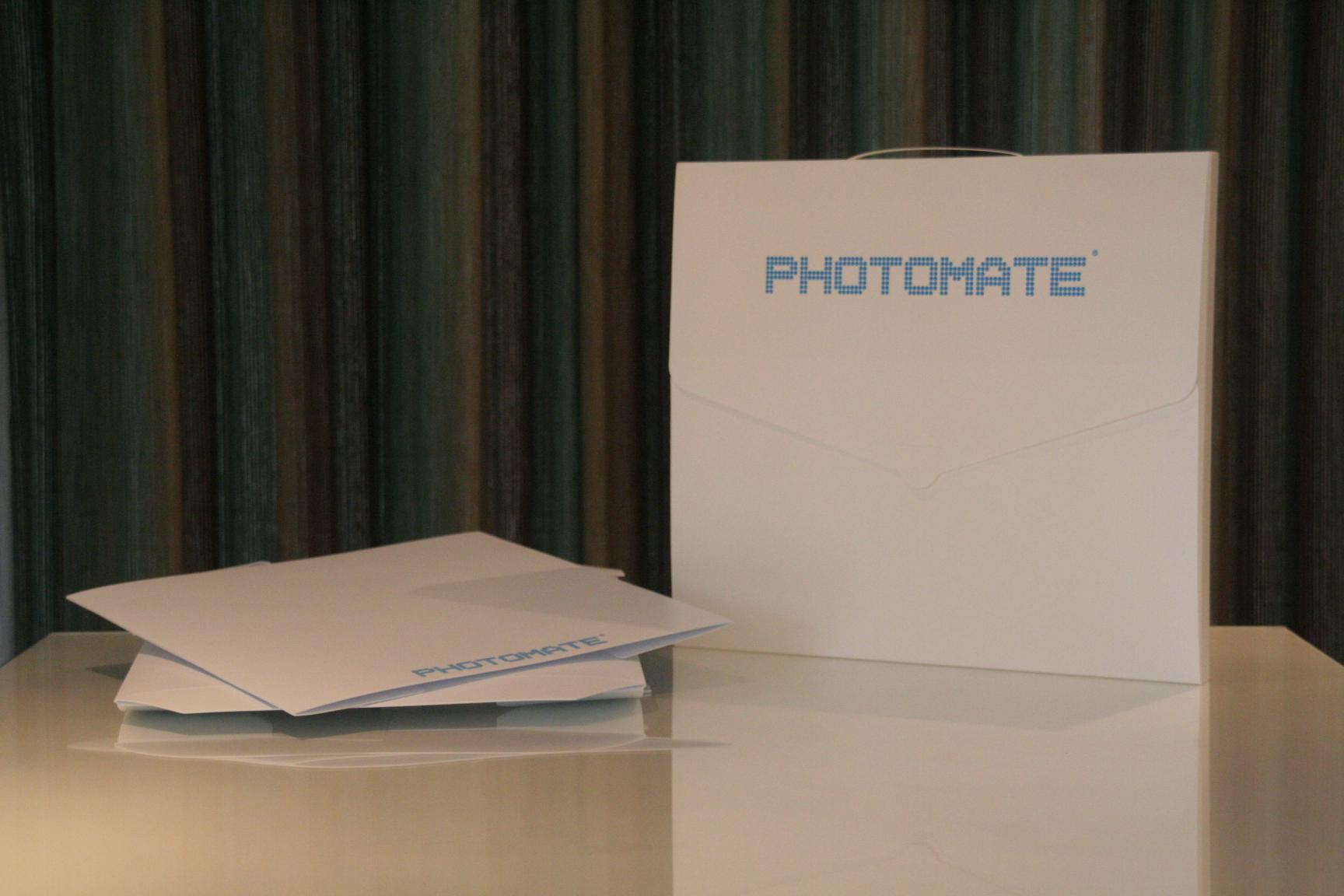 """Photomate 14"""" - Worldwide"""