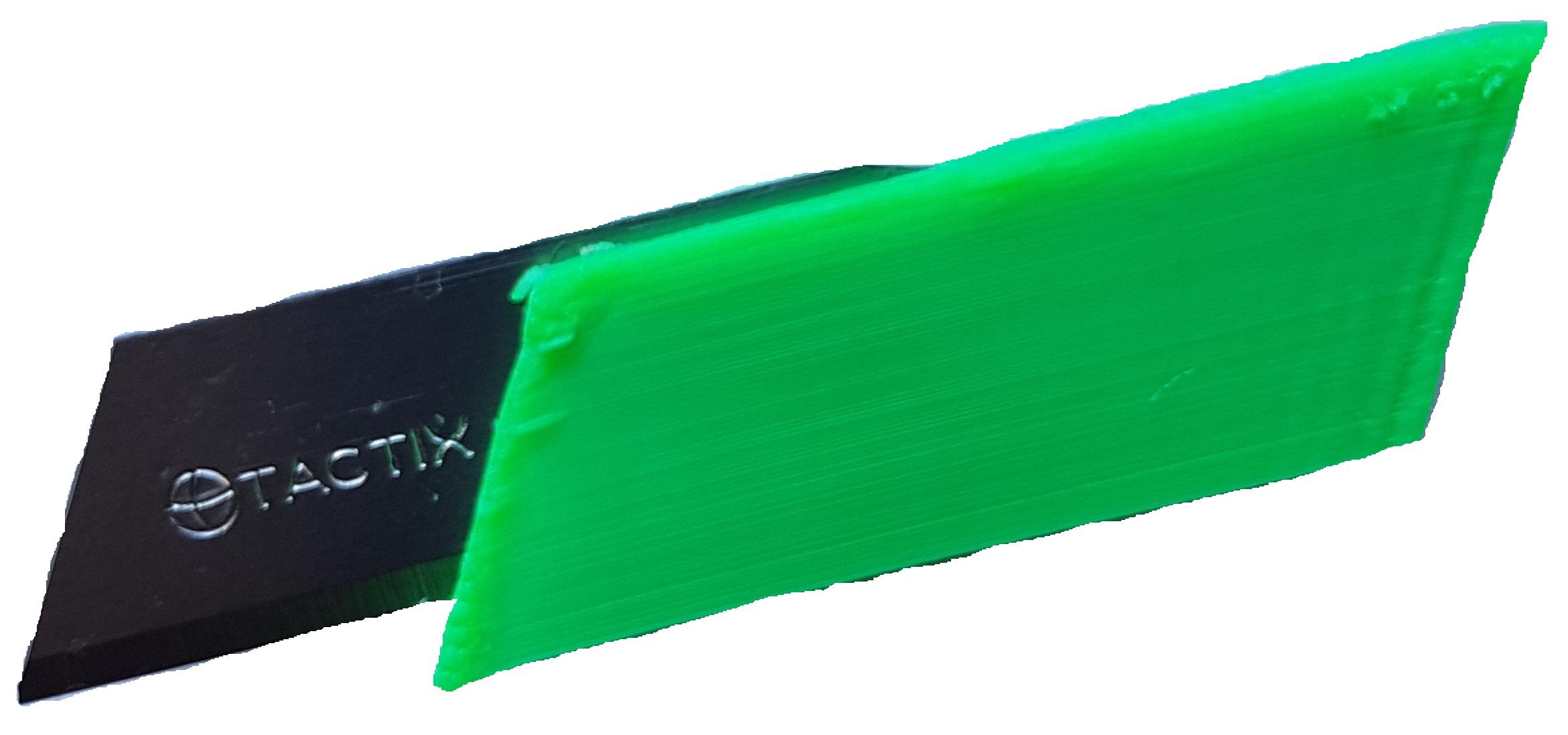 Mini disposable folding blade