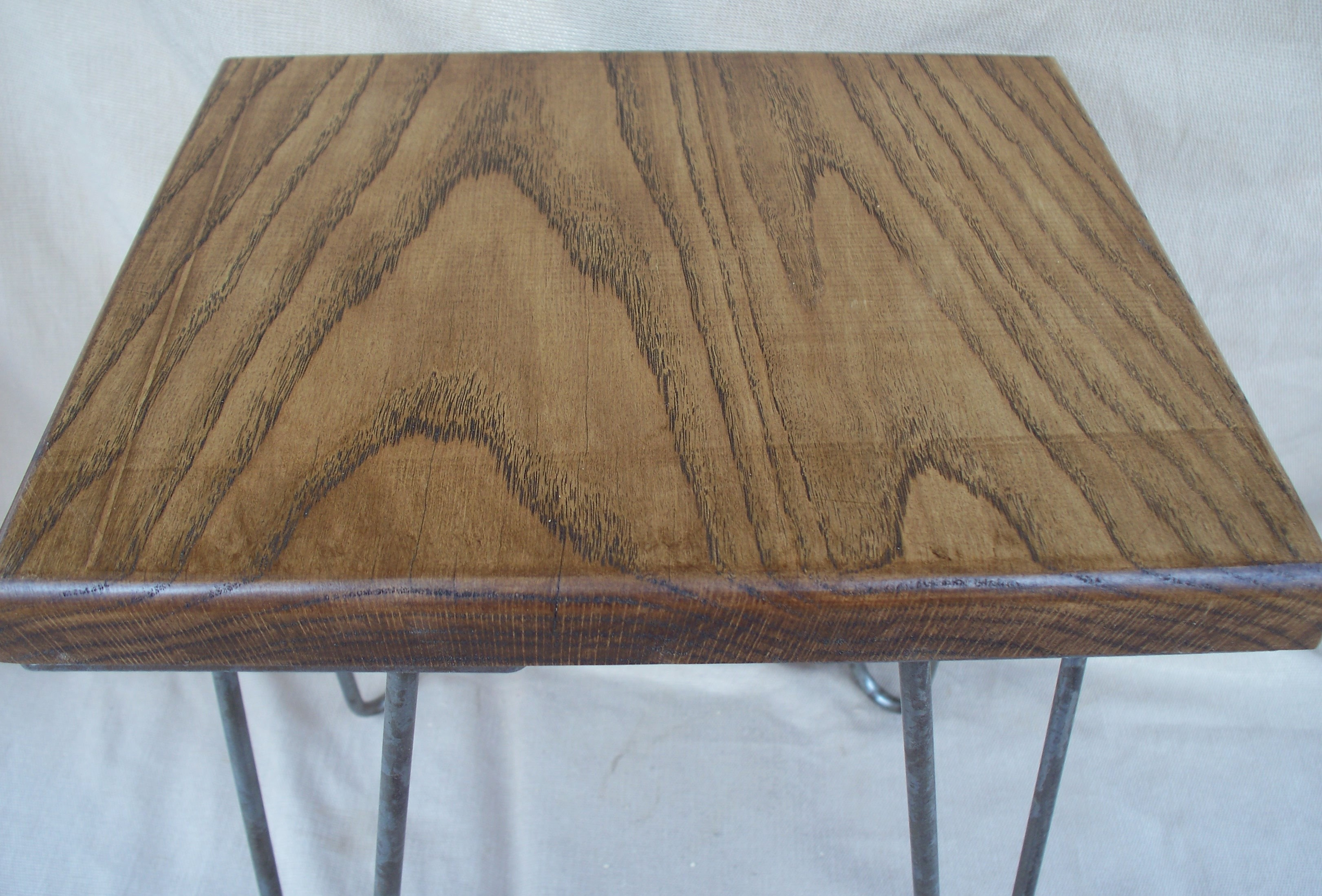 Solid oak side table, coffee table, occasional table. end table on hair pin legs