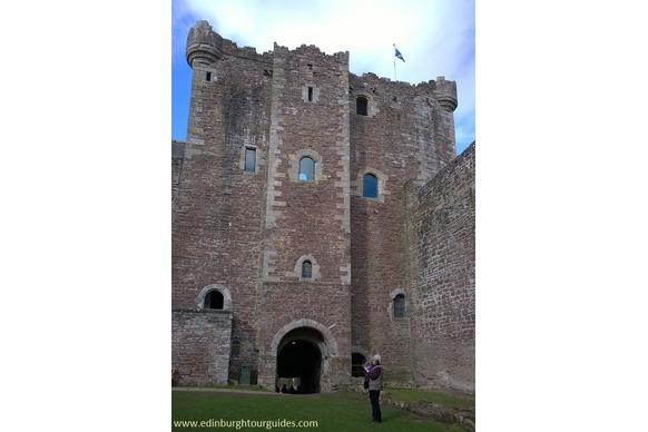 Castle Leoch AKA Doune Castle