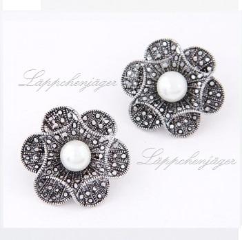Heavy Metal - Silver/Grey Flowers