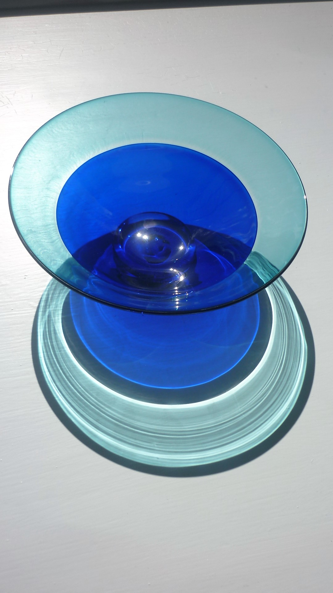 """A Mike Hunter Unique """"Twisted Glass Studio"""" Crystal  Bowl"""