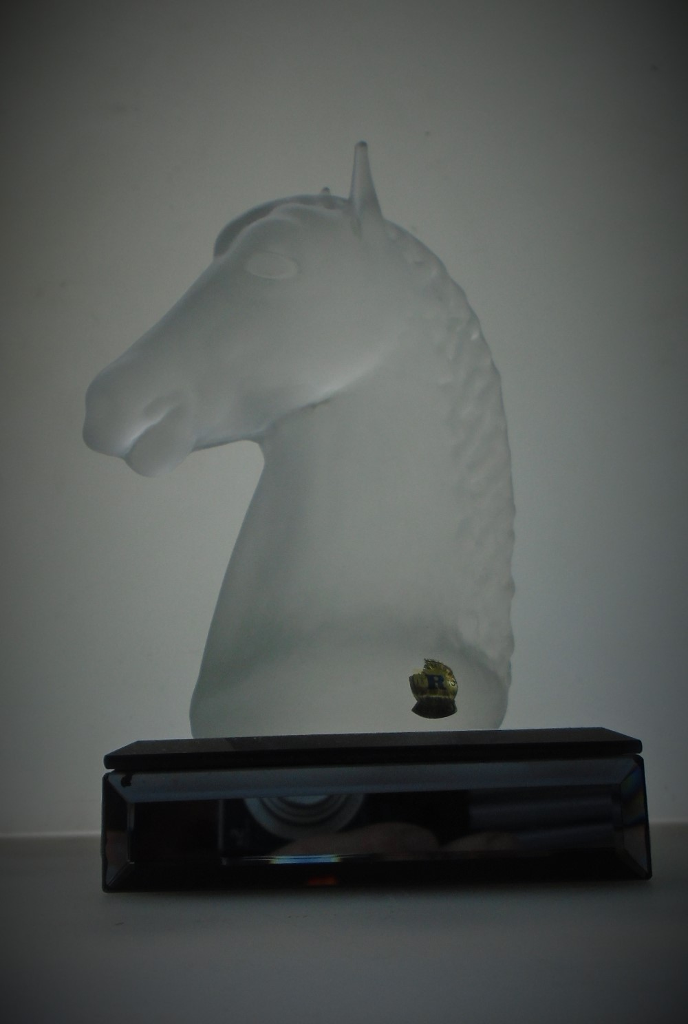 Late 20th century Vintage Crystal Glass Horse Head Figurine from Swedish Glass maker Reijmyre.