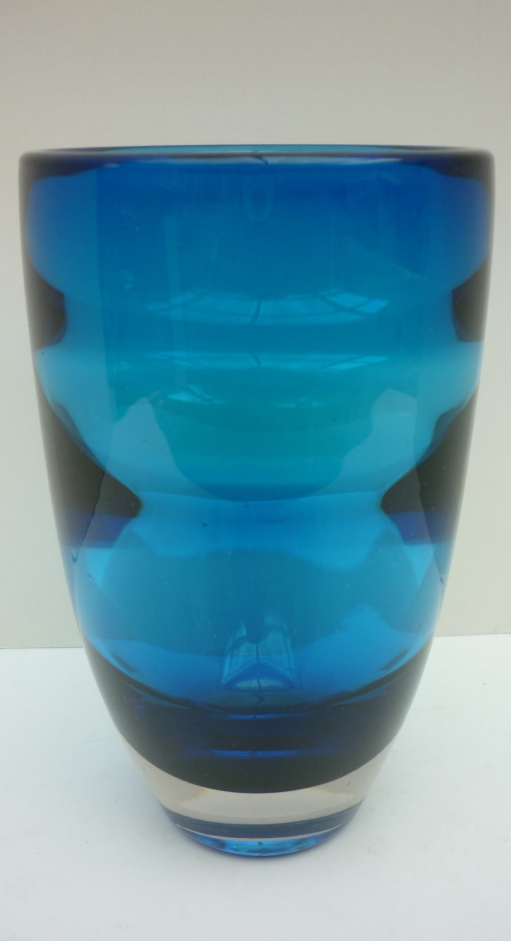 Stunning Whitefriars Geoffrey Baxter Blue Internal Ribbed Vase