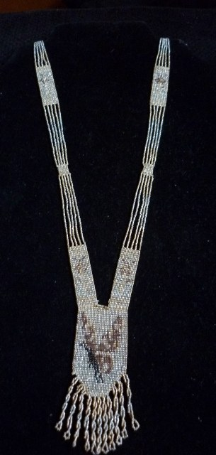 Art Deco finely beaded Flapper Tassel Necklace