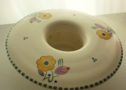 A 30s vintage  Poole Pottery traditional sprig pattern vintage round posy dish.