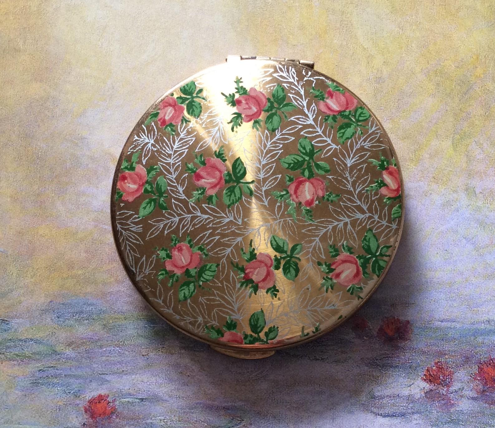 Vintage KIGU 'Pink Roses' Powder Compact