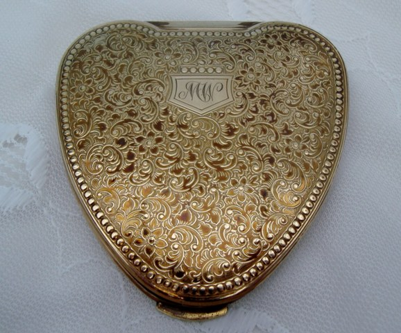"Vintage Kigu ""Cherie"" Gold Tone Powder Compact"